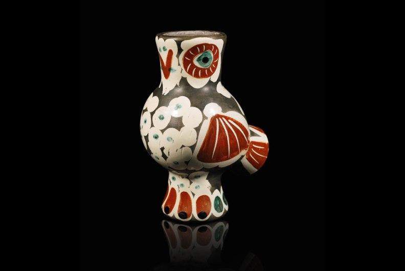 Pablo Picasso, Chouette. Terre de faïence vase, 1968. Estimate: $10,000-$13,000. Photo: Sotheby's.