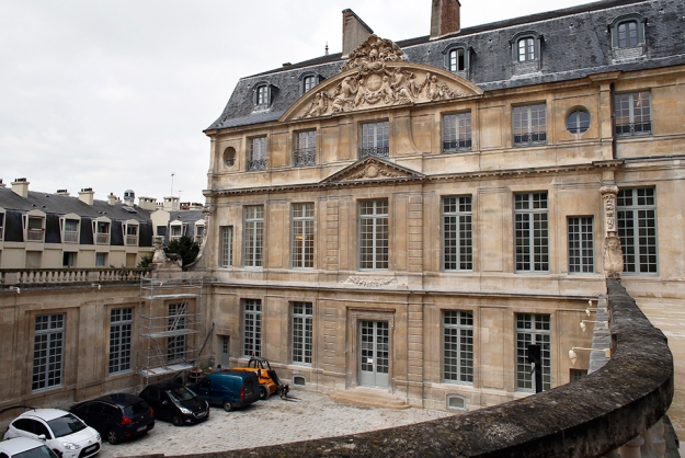A picture taken on March 4, 2014 in Paris, shows scaffolding on the Hotel Sale where the Picasso Museum is located, during the renovation of the building, in Paris. The newly renovated Picasso Museum, scheduled to re-open to the public in June 2014, could be postponed until mid-September, according to the Culture ministry. AFP PHOTO / THOMAS SAMSON.